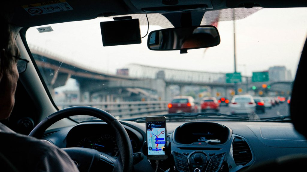 is-vehicle-tracking-legal?